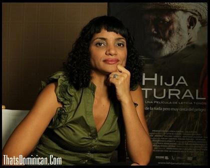 Leticia Tonos - Directora