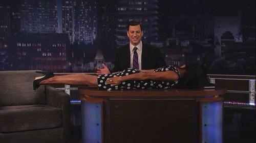 Rosario Dawson planking